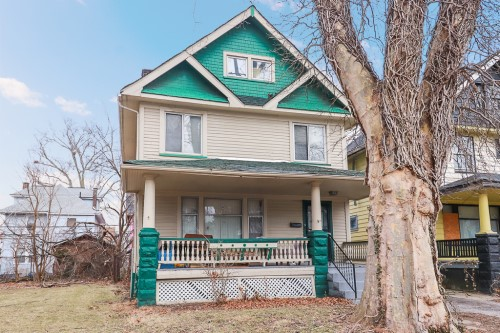 9507 Columbia Ave, Cleveland  3 bed 1 bath | 1,384 sqft | $37,900