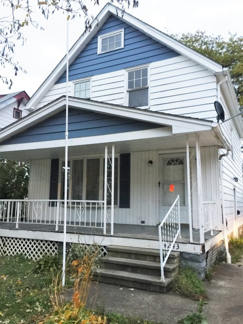 4243 W 21th St, Cleveland  3 bed 1 bath | 1,152 sqft | $31,000
