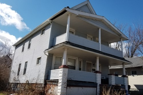 10518 Crestwood Ave, Cleveland  7 bed 2 bath | 1,542 sqft | $38,000