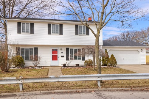 4550 W 174th St, Cleveland  5 Bed 2 Bath | 1,428 sqft | $112,500