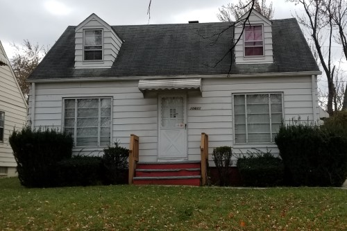 20612 Hansen Rd, Maple Hts  3 bed 1 bath | 1,080 sqft | $43,000