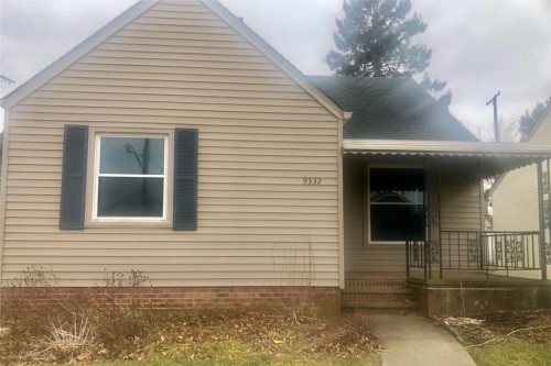 9332 South Highland Ave, Garfield Hts  3 bed 2 bath | 1,186 sqft. | $81,500
