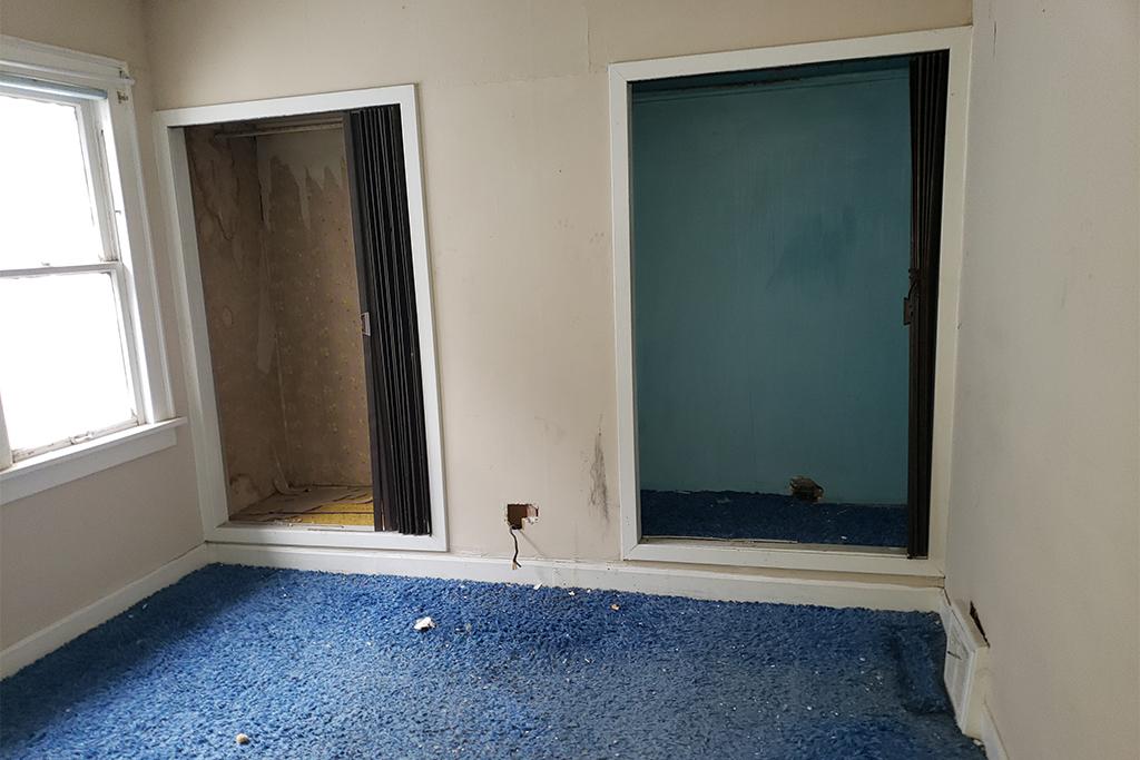 1113-E169th_Bedroom_01.jpg