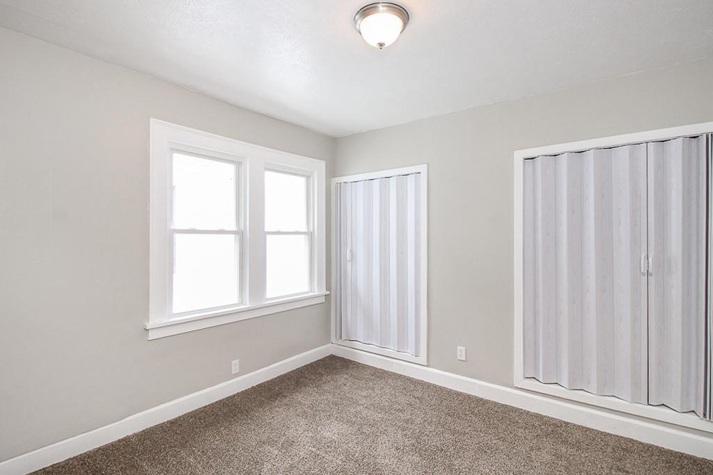 1113-E169th_Bedroom_04.jpg