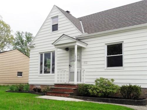 14300 Reddington Ave, Maple Hts   3 bed 1 bath | 1,050 sqft | $48,000