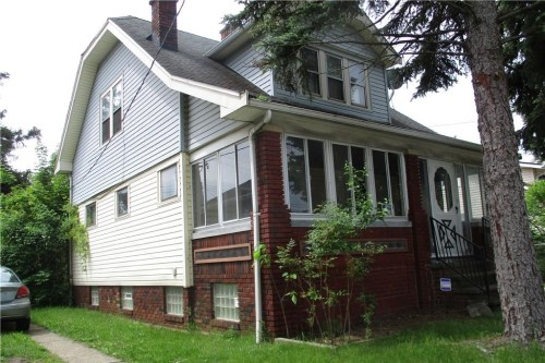 18700 Cherokee Ave, Cleveland  3 bed 1 bath | 1,284 sqft | $44,025