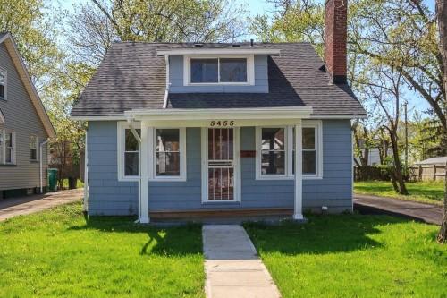 5455 Grasmere Ave, Maple Hts  3 bed 1.5 bath | 1,059 sqft | $57,000