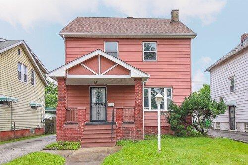 13717 Maplerow Ave, Garfield Hts  3 bed 1 bath | 1,316 sqft | $48,000