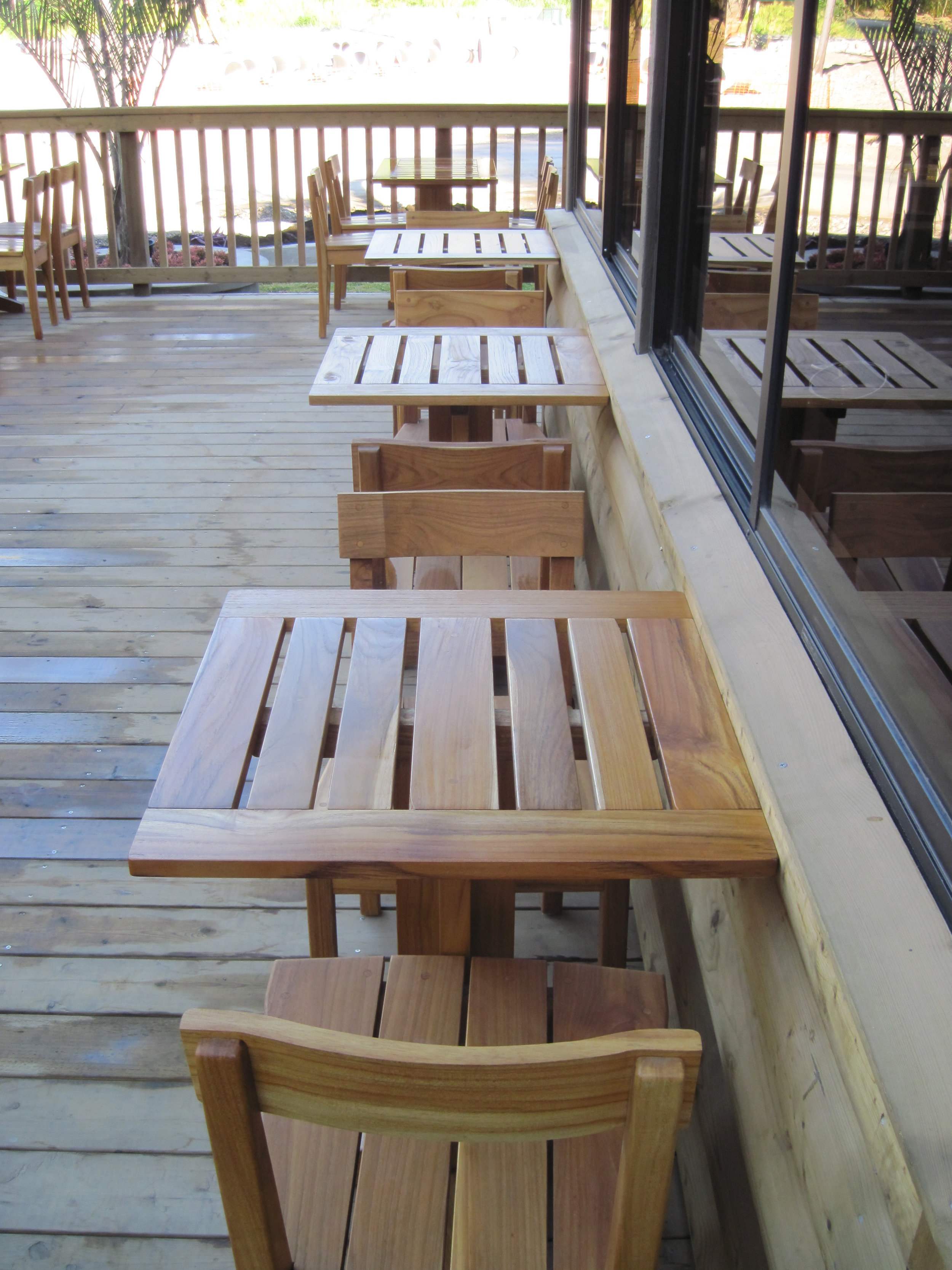 We furnished the Toco Madera restaurant at Hotel Ladera, Boquete, using 100% Panamanian plantation teak