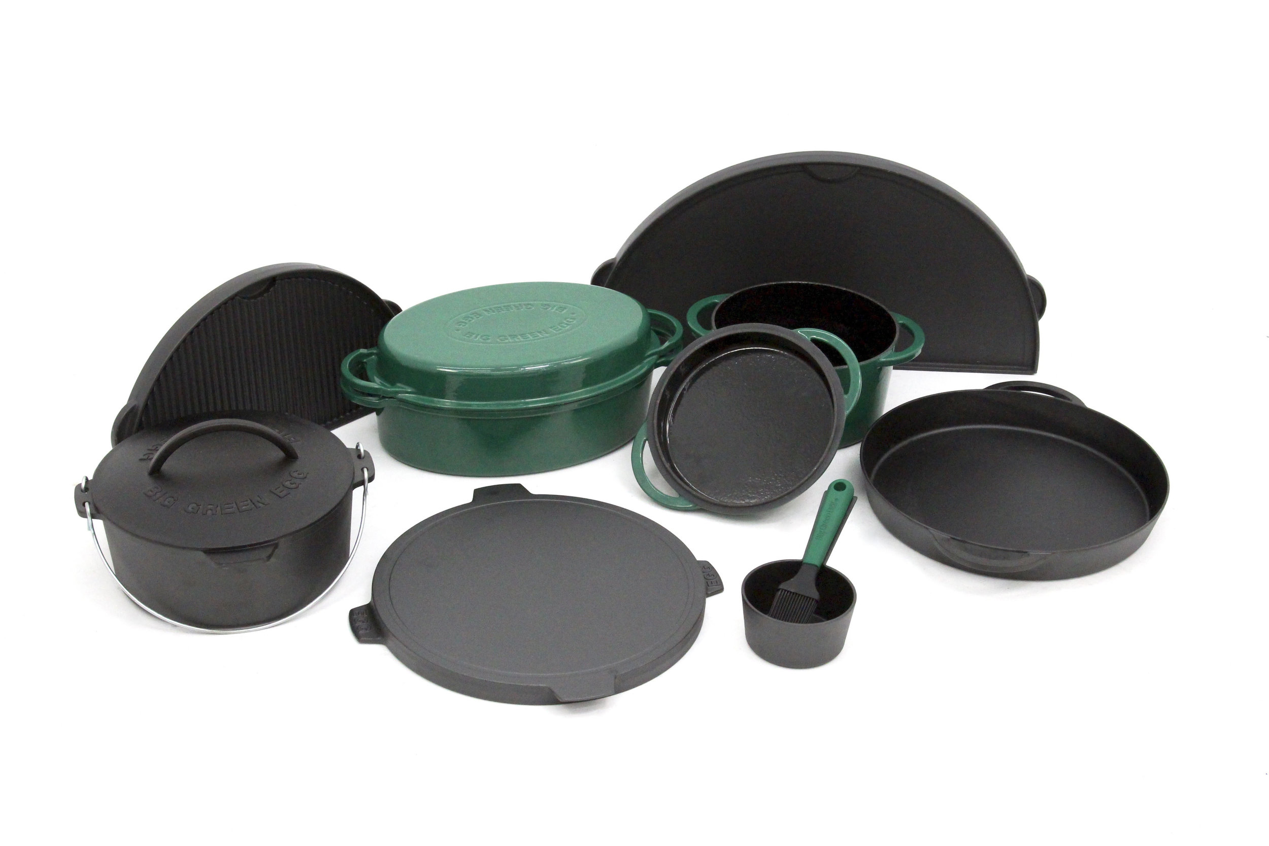 The entire cast iron lineup was redesigned to communicate a more cohesive brand language at the retail level.