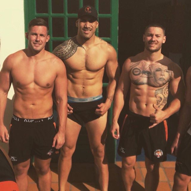 💪💪🏈🏈 #footyshorts #footyboys #footy #gym #muscle Follow @footyboys