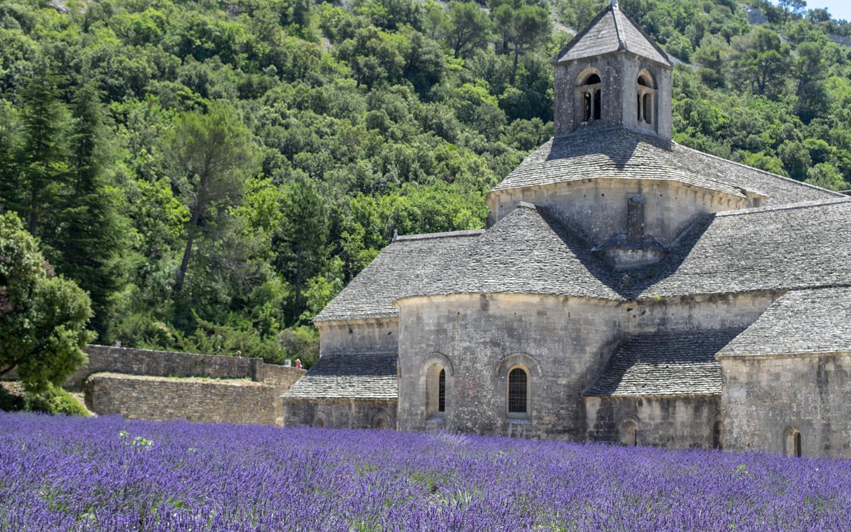 Abbaye Notre-Dame de Sénanque  near Gordes, Provence