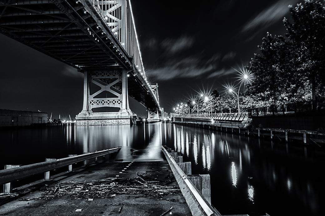 Ben Franklin Bridge (Race Street Pier)