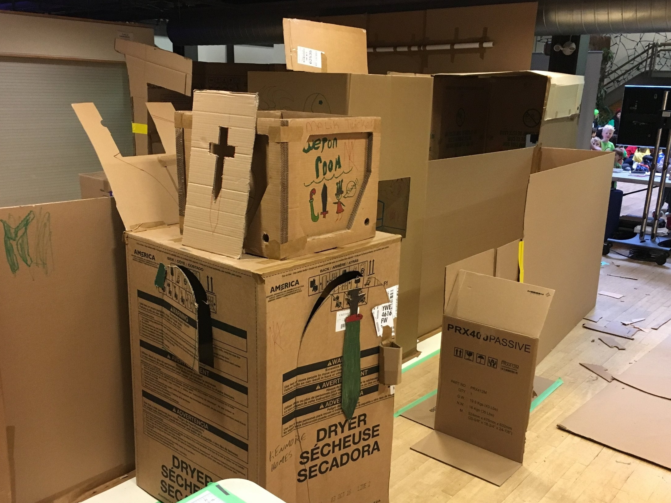 EPIC Cardboard Castles and Forts