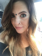 On my way to Utopiafest in Texas. One of many spontaneous decisions of 2017 that had my heart full. ALL THE GLITTER AND SPARKLES.