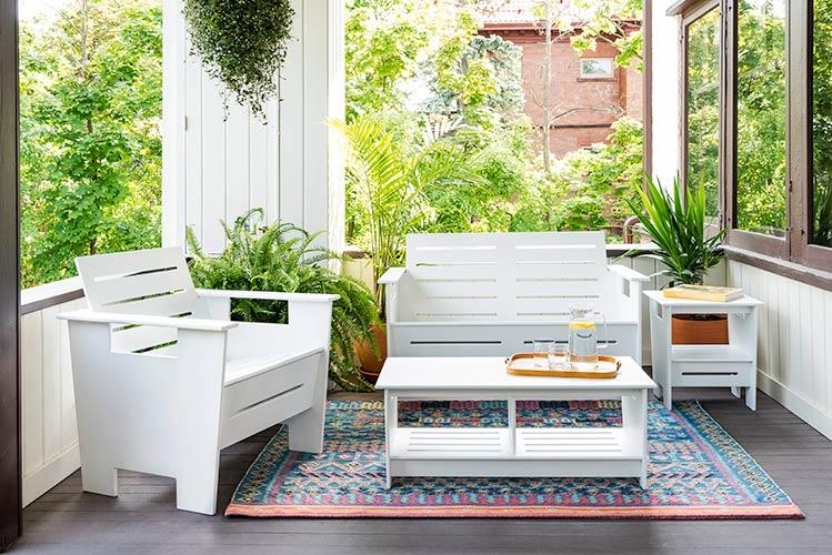 go_love_lounge_chair_coffee_table_1155.jpg