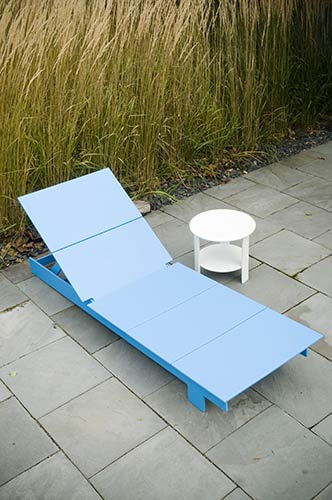 lollygagger_lounge_chaise_side_table_7727.jpg