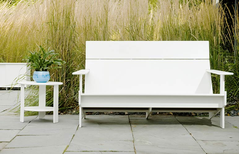 lollygagger_lounge_sofa_side_table_7718.jpg