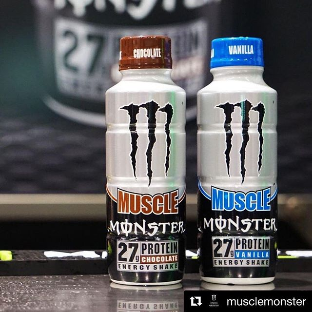 Here's your thirsty Thursday's #blessedimage @stlbarbellco @squat2depth_apparel @tuffwraps #Repost @musclemonster with @get_repost ・・・ Even though it's Sunday the work must still be done. Once finishing though are you choosing Chocolate 🍫 or Vanilla🍦 . #MuscleMonster #TrainRecover #Protein #SundayFunday #WorkOut #BeastMode #Flavors