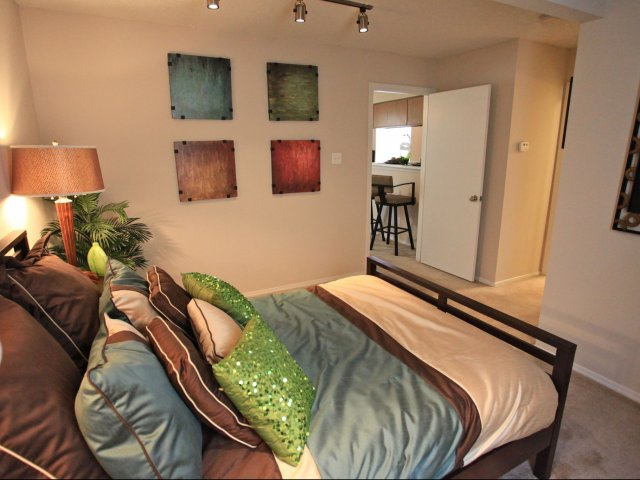 woodcrest-lubbock-tx-spacious-bedrooms.jpg