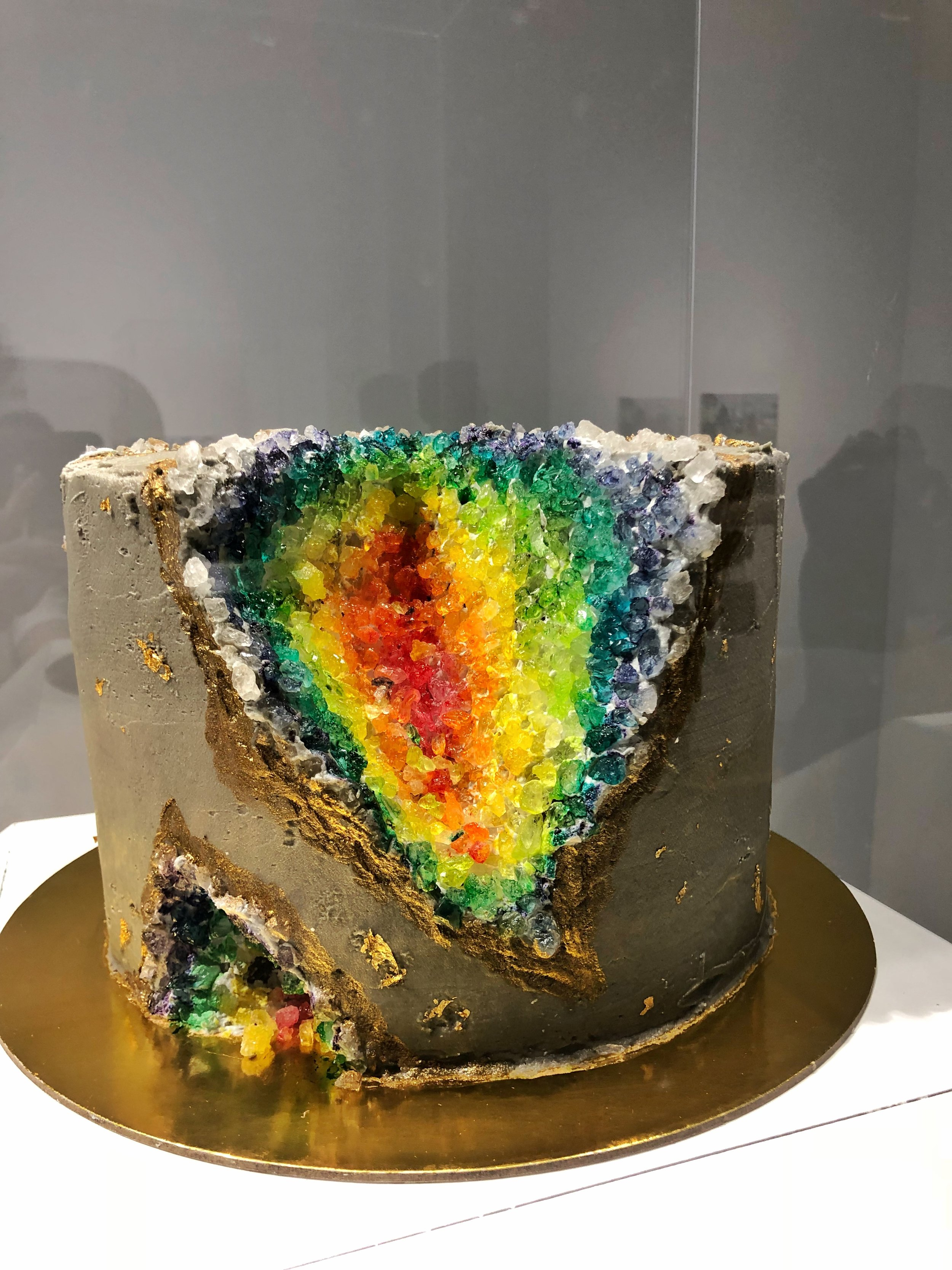 depressed-cake-shop- 6.jpg