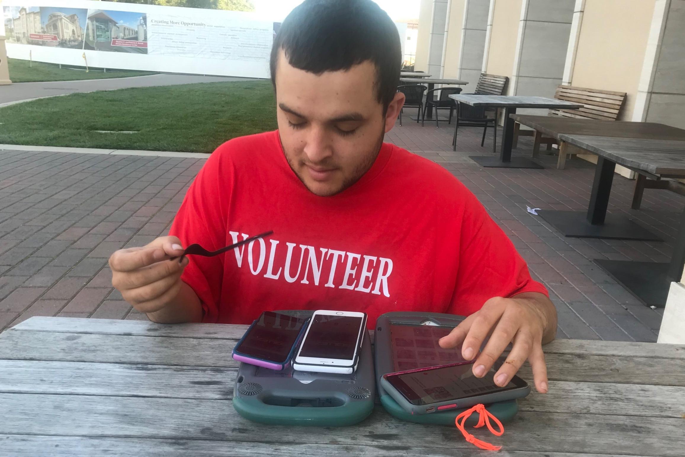 Jonny+SCU+volunteer.jpg