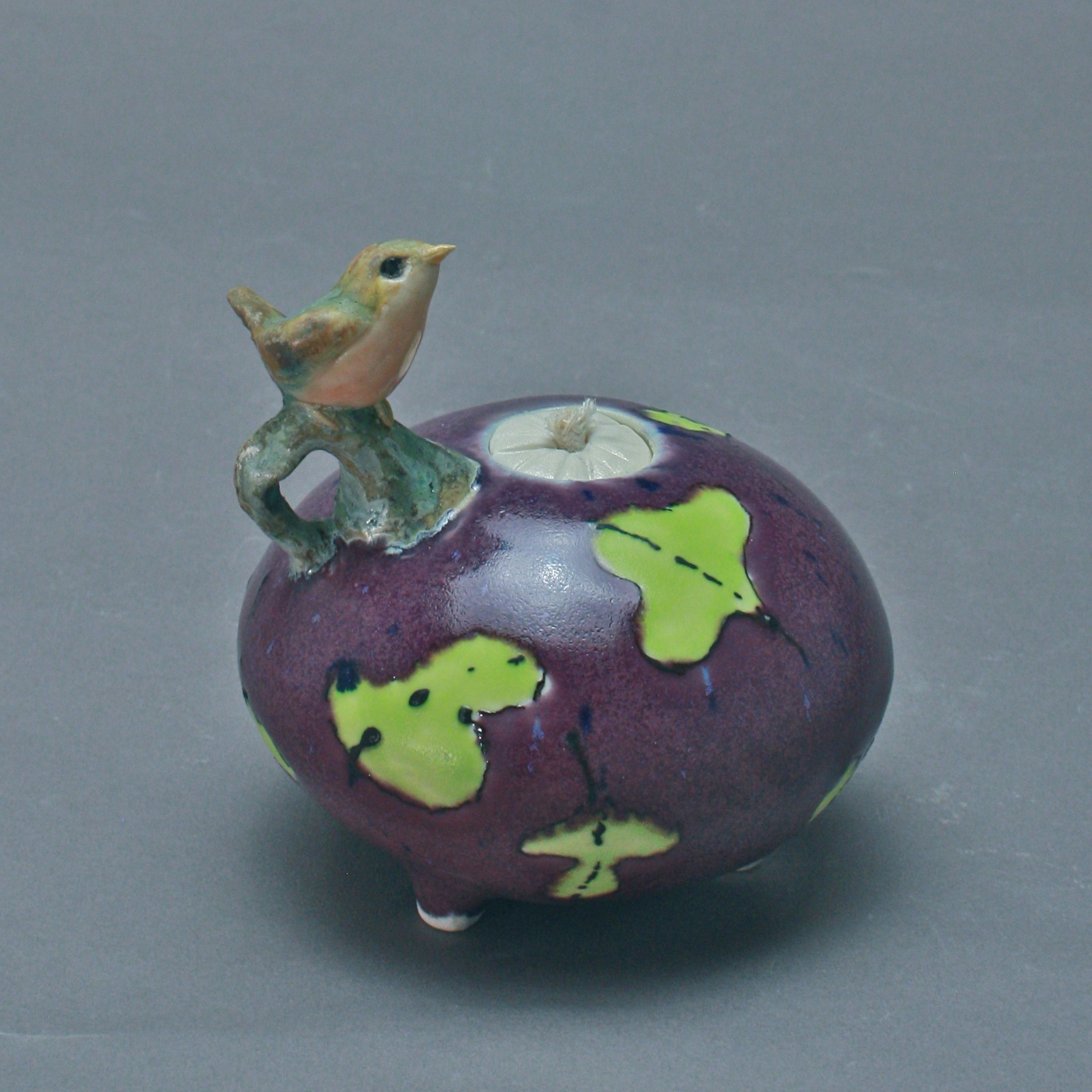 OL-15 |  Purple Oil Lamp with Green Leaves and Robin ($150)