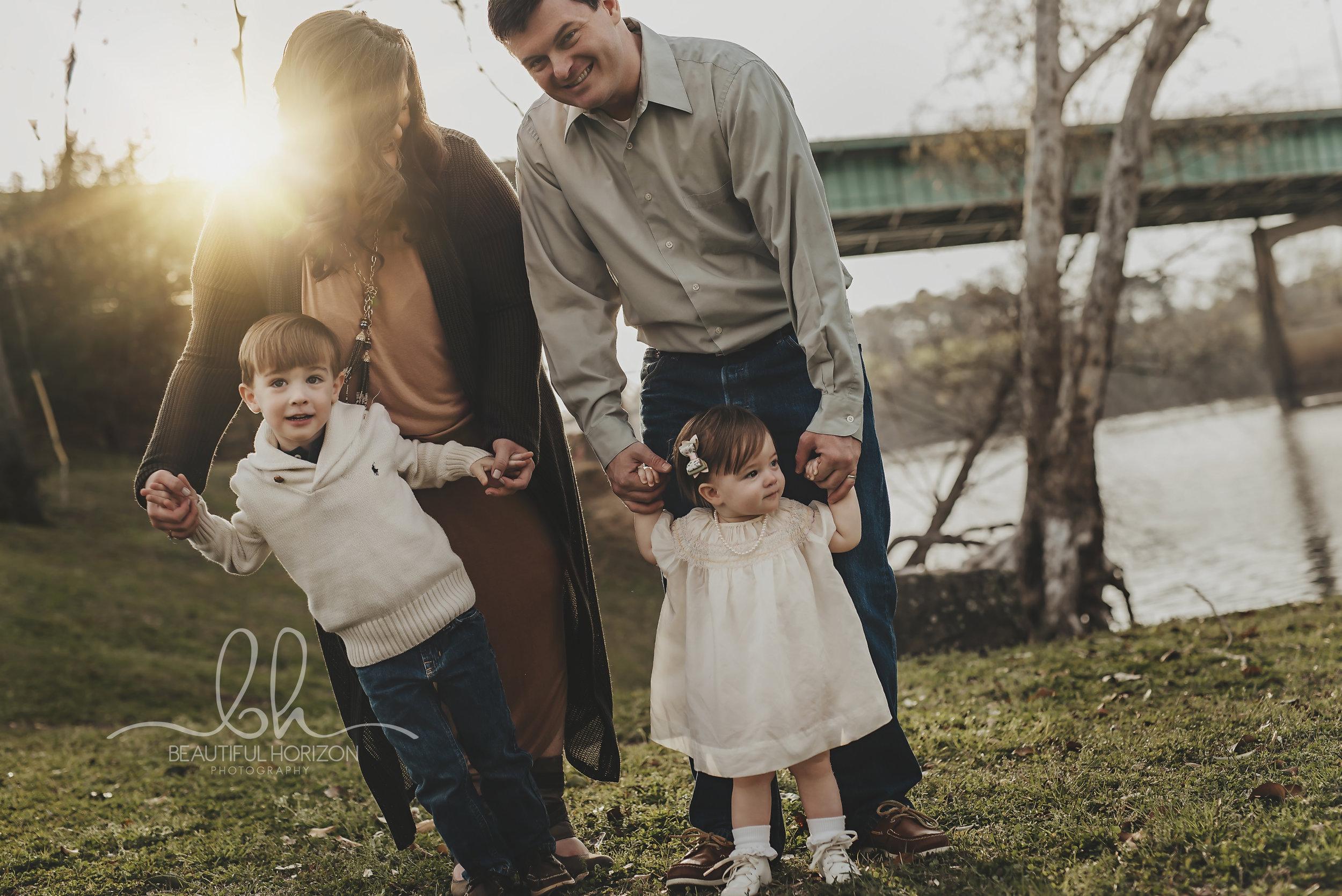 © Beautiful Horizon Photography . Tuscaloosa Family Photography. Portrait Photographer. Lifestyle Portrait Photographer in Tuscaloosa, Birmingham, Alabama.