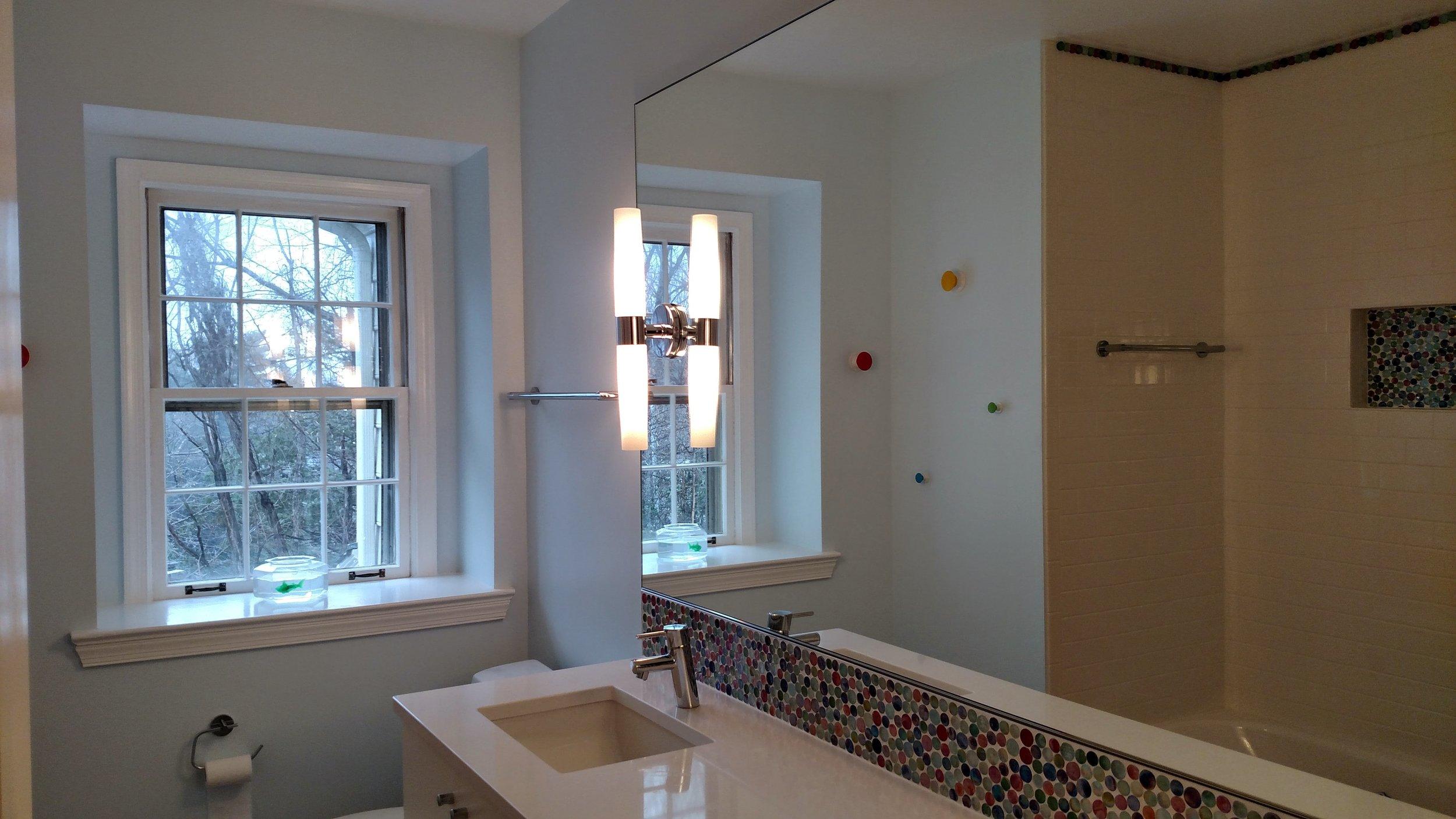 Renoir Residence Kids' Bathroom 3.jpg