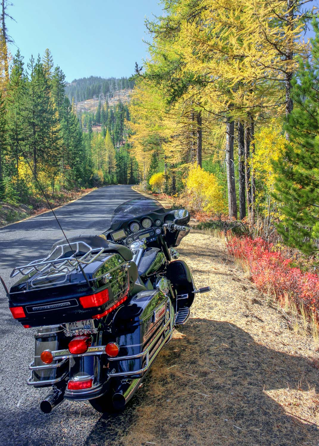 Fall ride on the Hells Canyon Scenic Byway in Oregon - Photo by Ron Huckins