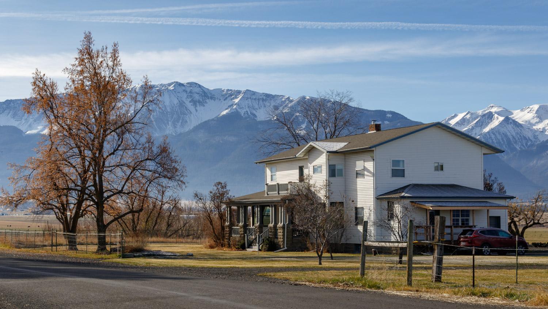 The Dobbin House B &B near Joseph, Oregon - Photo by Ron Huckins