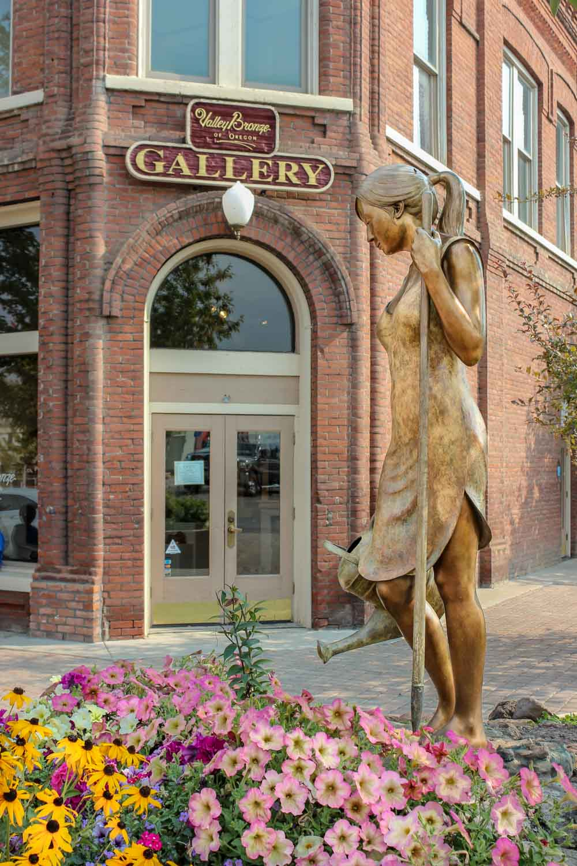 Valley Bronze of Oregon Gallery in Joseph, Oregon - Photo by Ron Huckins