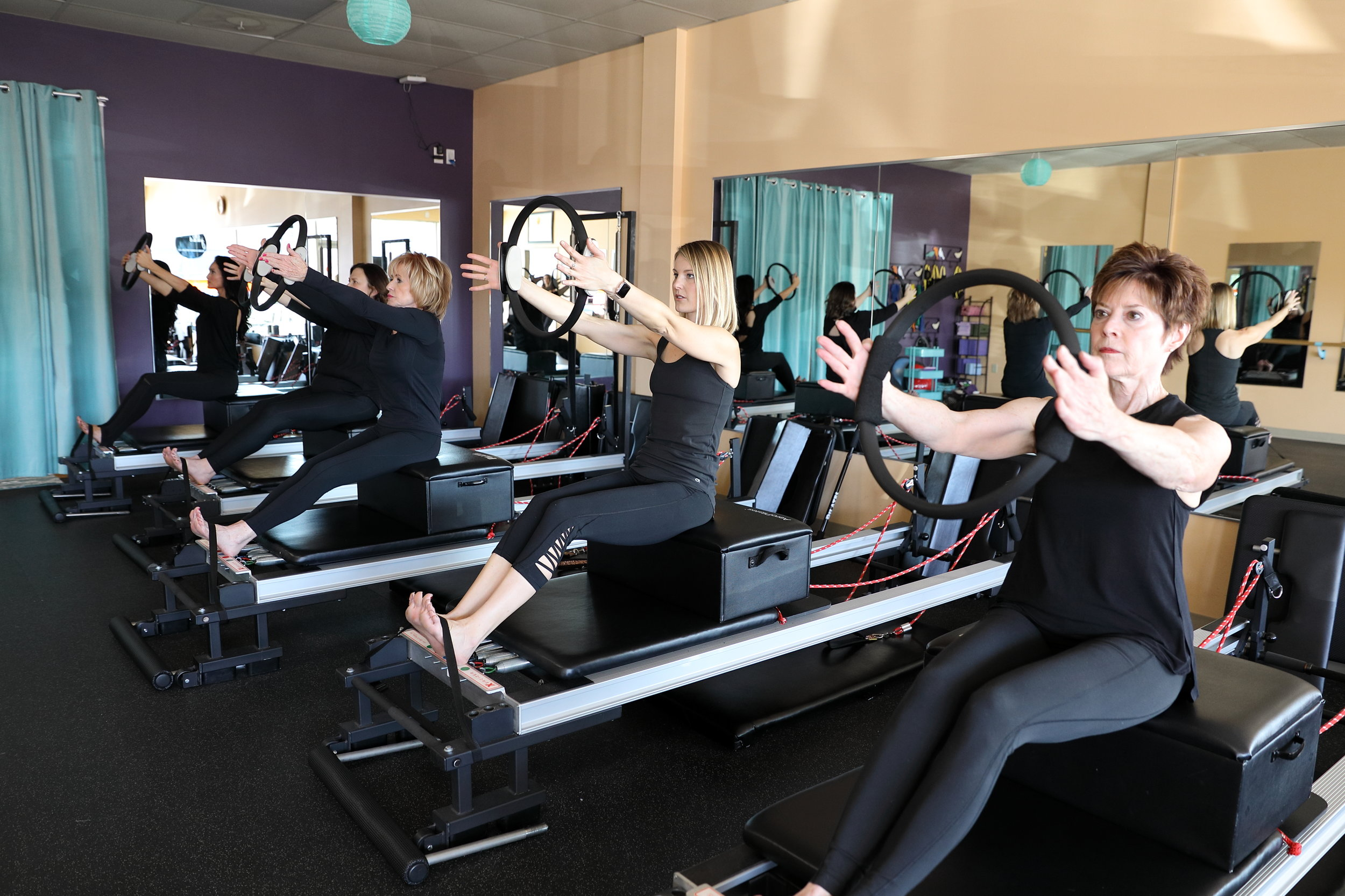 Group pilates classes north of river kc