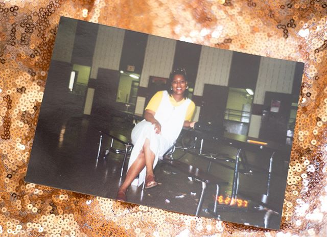 [Quick Story]. . . . . ❤️ See that picture? That's my mom sitting in my elementary school cafeteria. At the time she was my lunch mother. She was also my school crossing guard and at night when most of us slept, she worked overnight at Gillette Razor company. Any of my childhood friends who remember my mom, remembers that smile. It reeks of RESILIENCE.  Most of us know of a woman like that. Some of us are that woman.  Saturday I will be celebrating those women and others who have and continue to make sacrifices for those they love.  How are you celebrating the moms in your life?  There are still mini session slots available at the link in bio. Head to the tags to see our featured vendors for last minute gifts. ❤️. . . . . . #mothersday #mothersdaygifts #nikond750 #mom #amotherslove #bostonphotographer #bostoncreatives #boston #florals #homegoods #essentialoils #greetingcards #accessories #saturday #celebratemotherhood #photographer #minisession #decordesign #love #resilience #nostalgia