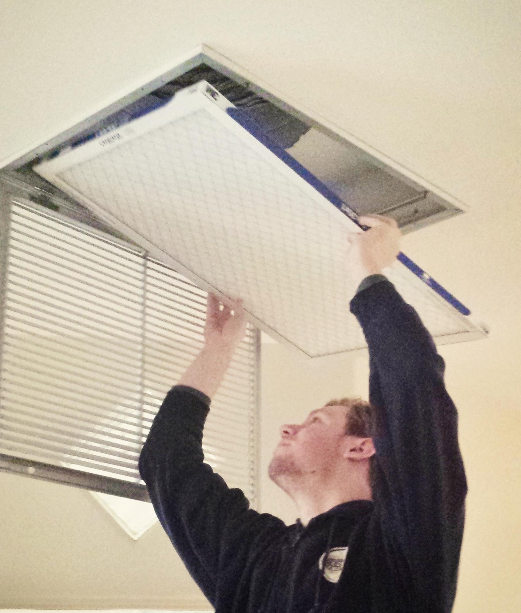 changing air filter.jpg