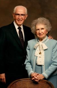 Ezra and Flora Benson.jpg