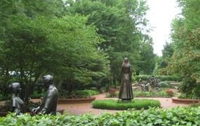 6-15-13 - Monument to Women - resized.jpg