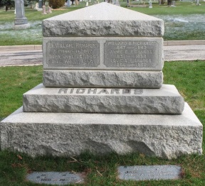 Willard Richards gravestone.jpg