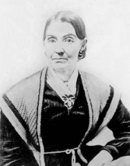 Emma Smith older.jpg