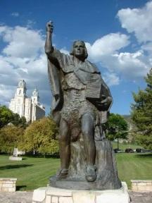 Moroni Statue Manti .jpg