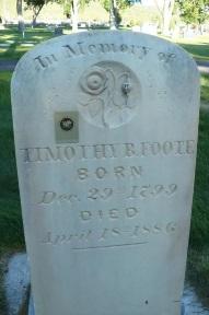 Timothy Bradley Foote gravestone.jpg