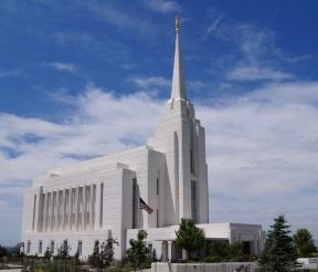 Rexburg Idaho Temple.jpg