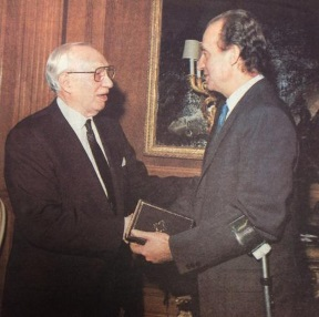 King Juan Carlos and President HInckley.jpg