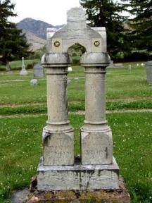 James Davenport gravestone.jpg