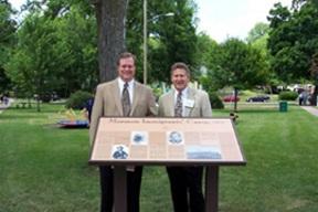 Monument plaque Triangle Parke Keokuk Iowa.jpg