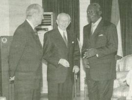 Gordon B. Hinckley and President of Ghana 2004.jpg