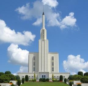 Hamilton New Zealand Temple.jpg