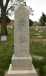Norman Taylor gravestone.jpg