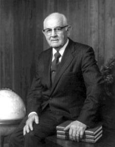 Spencer W. Kimball sitting.jpg