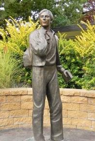 Samuel Smith Statue.jpg
